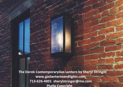 The Derek Contemporary Gas Light
